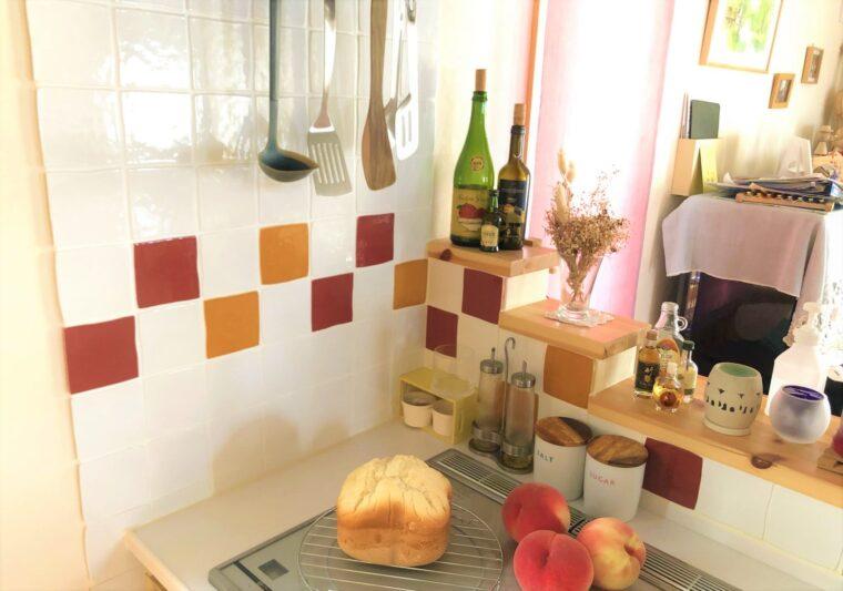 スウェーデンハウスのキッチンタイル壁