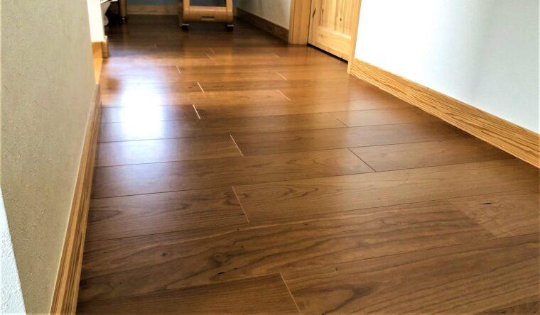 スウェーデンハウスのさくらの床材